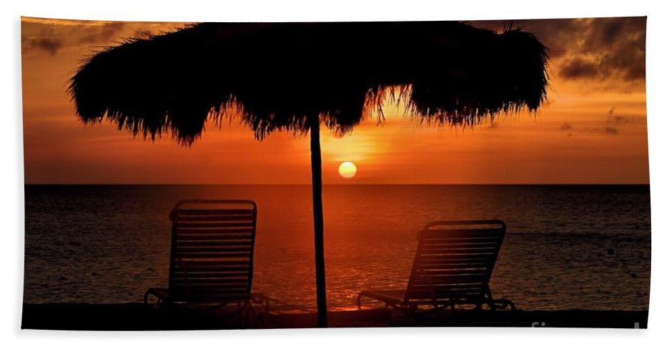 Sunset Hand Towel featuring the photograph Eagle Beach Sunset by DJ Florek