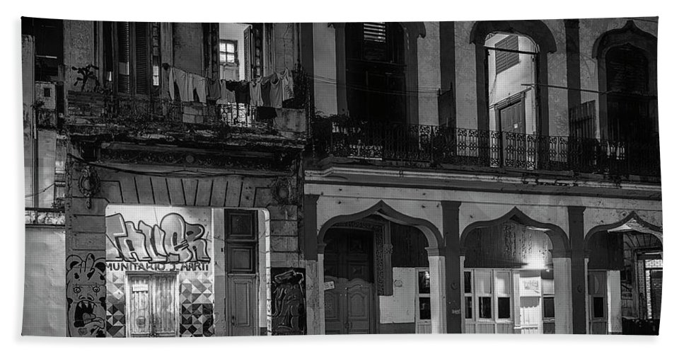 Joan Carroll Bath Sheet featuring the photograph Early Morning Paseo Del Prado Havana Cuba Bw by Joan Carroll