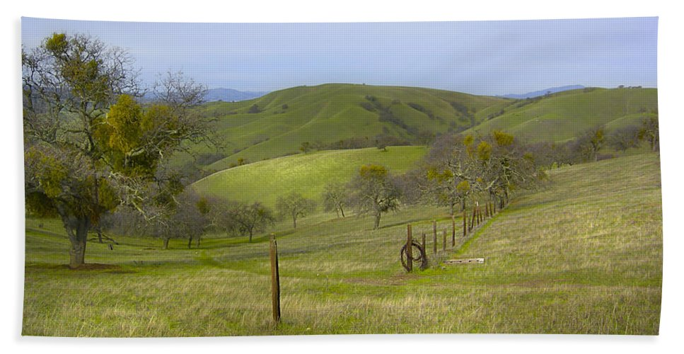 Landscape Bath Towel featuring the photograph East Ridge Trail Barbed Wire by Karen W Meyer