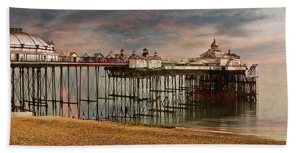 Eastbourne Hand Towel featuring the photograph Eastbourne Pier by Chris Lord