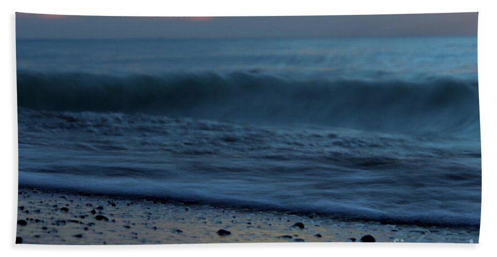 Grand Bend Hand Towel featuring the photograph Ebb And Flow by John Scatcherd
