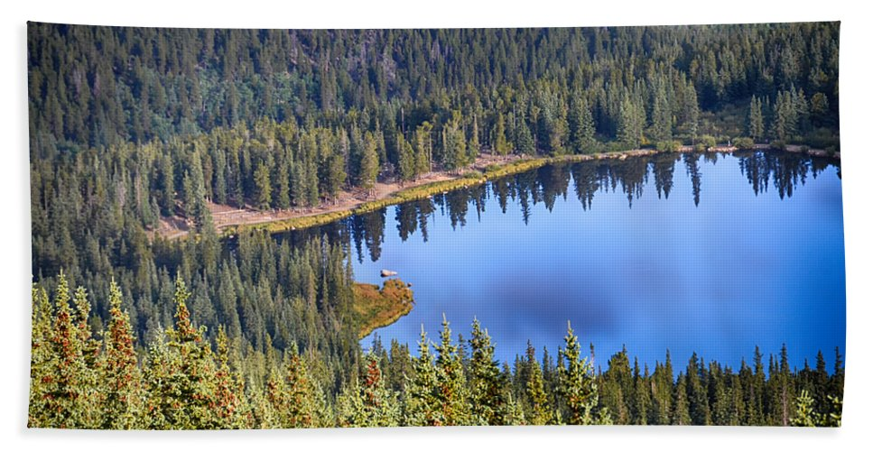 Mount Evans Hand Towel featuring the photograph Echo Lake 7 by Angelina Vick