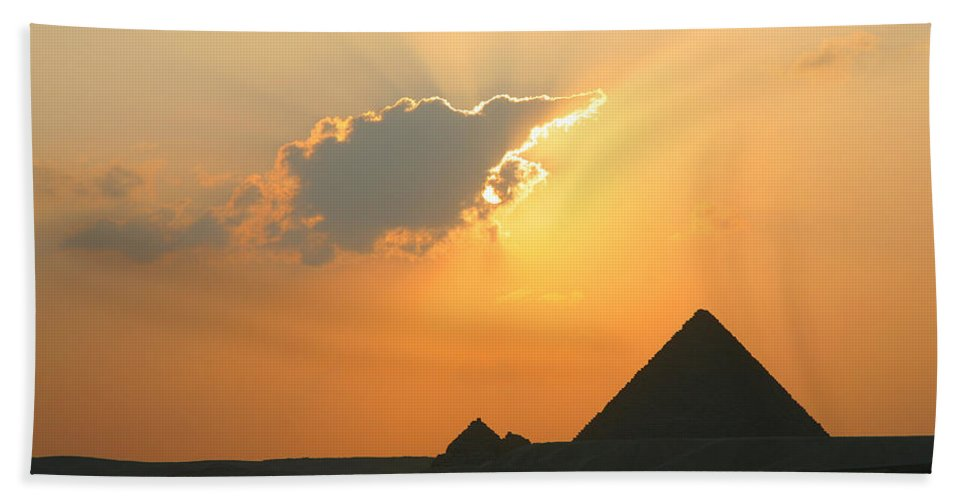 Pyramid Hand Towel featuring the photograph Egpytian Sunset Behind Cloud by Donna Corless