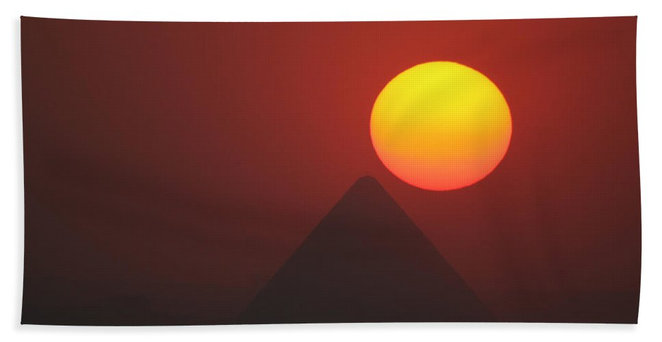 Pyramid Hand Towel featuring the photograph Egyptian Sunset by Donna Corless