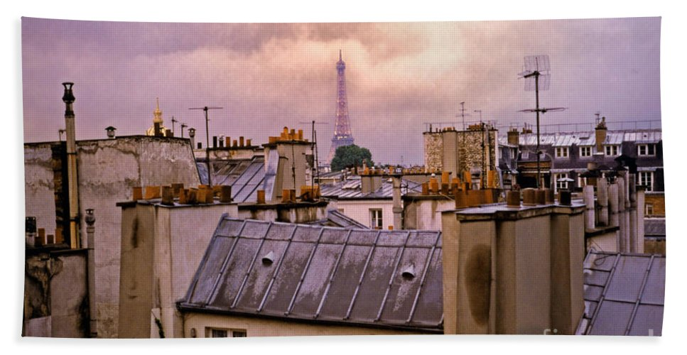 Eiffel Bath Towel featuring the photograph Eiffel Tower by Madeline Ellis