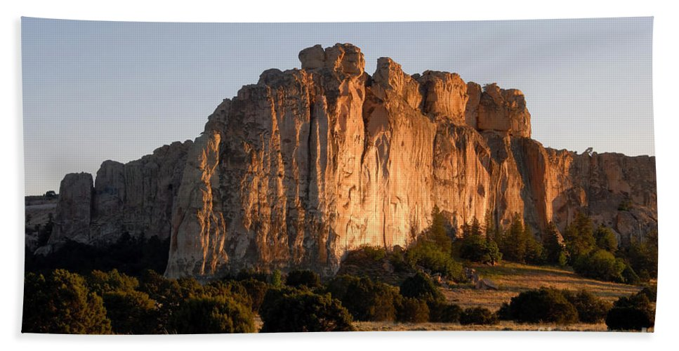 El Morro National Monument New Mexico Hand Towel featuring the photograph El Morro by David Lee Thompson