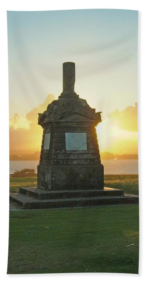 Sunset Hand Towel featuring the photograph El Morro San Juan Puerto Rico by Gary Wonning