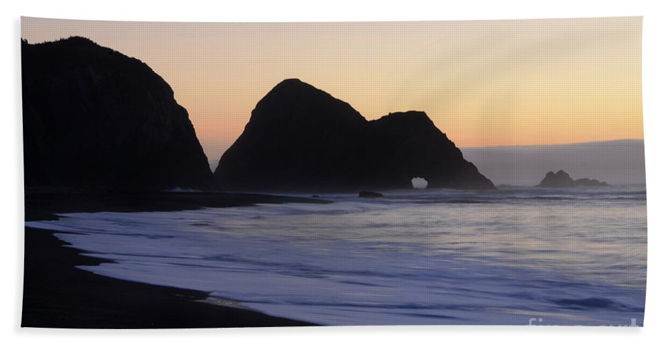 Elk Beach Hand Towel featuring the photograph Elk Beach California by Bob Christopher