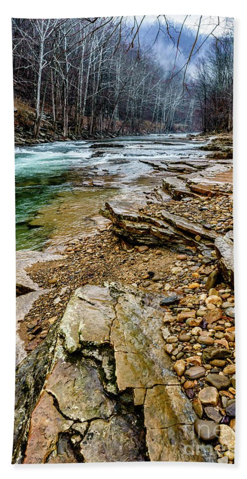 Cherry Falls Bath Towel featuring the photograph Elk River In The Rain by Thomas R Fletcher