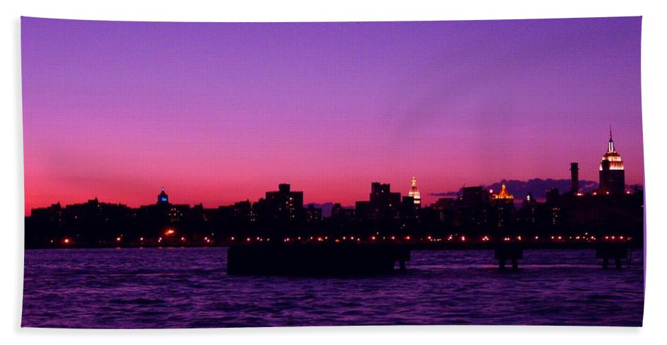 Waterscape Hand Towel featuring the photograph Empire State Magic by Kendall Eutemey