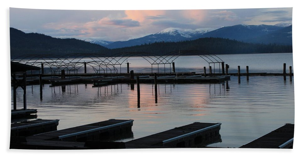 Priest Lake Hand Towel featuring the photograph Empty Docks On Priest Lake by Carol Groenen