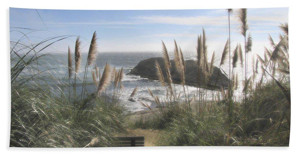 Ocean Bath Towel featuring the photograph Empty Seat by Karen W Meyer