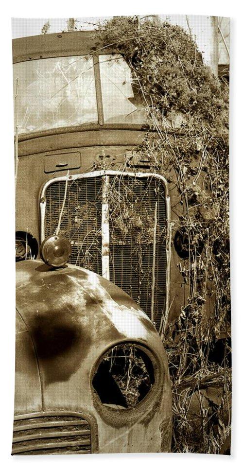 Pennsylvania Ave. Bath Sheet featuring the photograph Endings... by Arthur Miller