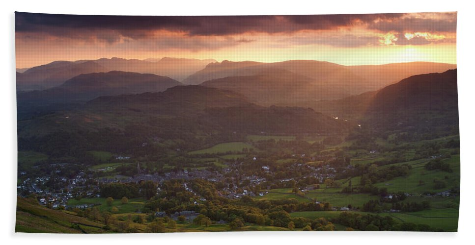 Hand Towel featuring the photograph England, Cumbria, Lake District National Park by Jason Friend