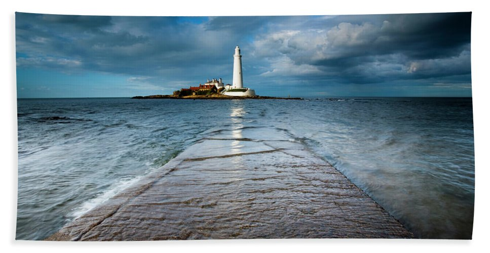 Northumberland Hand Towel featuring the photograph England, Tyne And Wear, Whitley Bay by Jason Friend