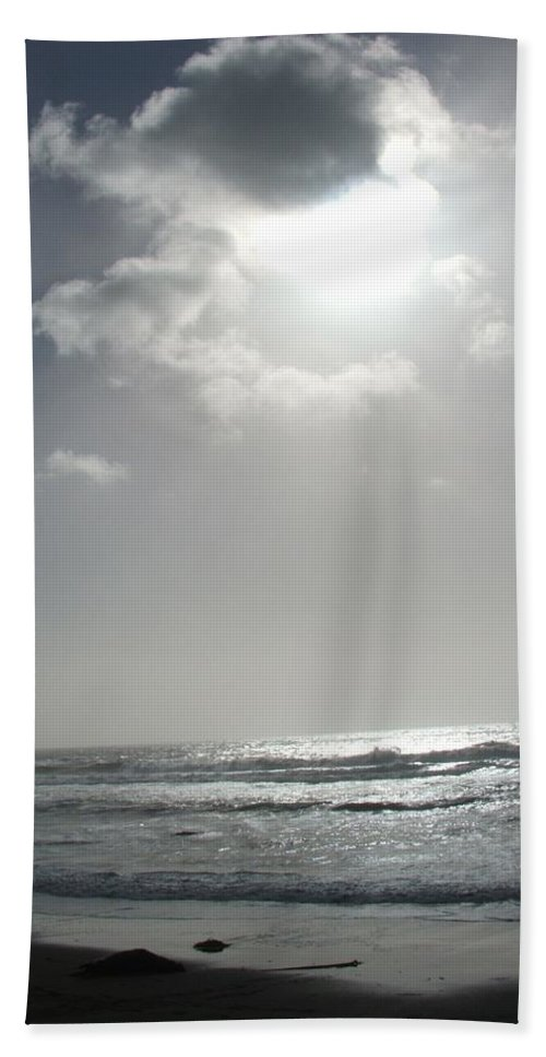Black And White Bath Sheet featuring the photograph Enlightened by Shari Chavira