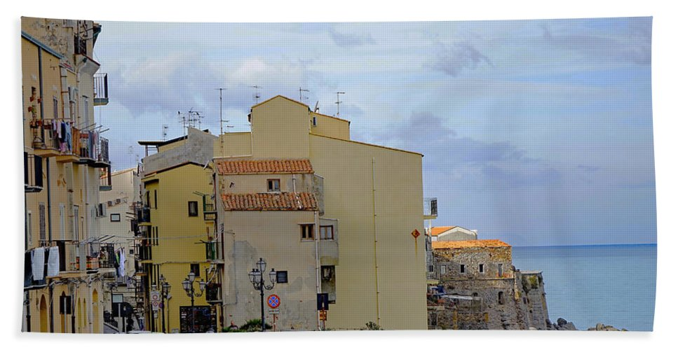 Sicily Bath Sheet featuring the photograph Entering Cefalu In Sicily by Richard Rosenshein