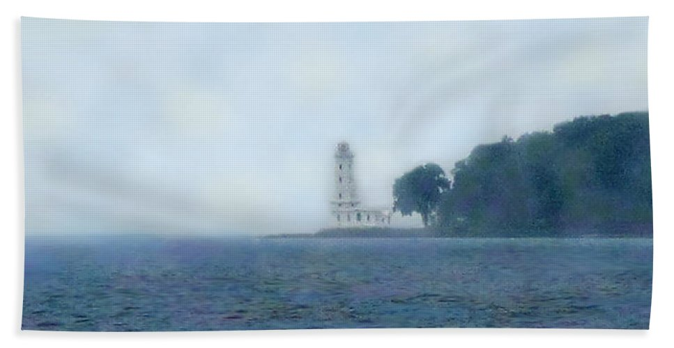 Lake Erie Bath Sheet featuring the photograph Erie Light House by Ian MacDonald