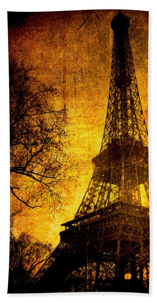 Eiffel Bath Towel featuring the photograph Esthetic Luster by Andrew Paranavitana