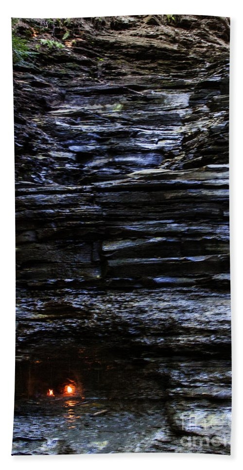 Waterfall Hand Towel featuring the photograph Eternal Flame Falls by Darleen Stry