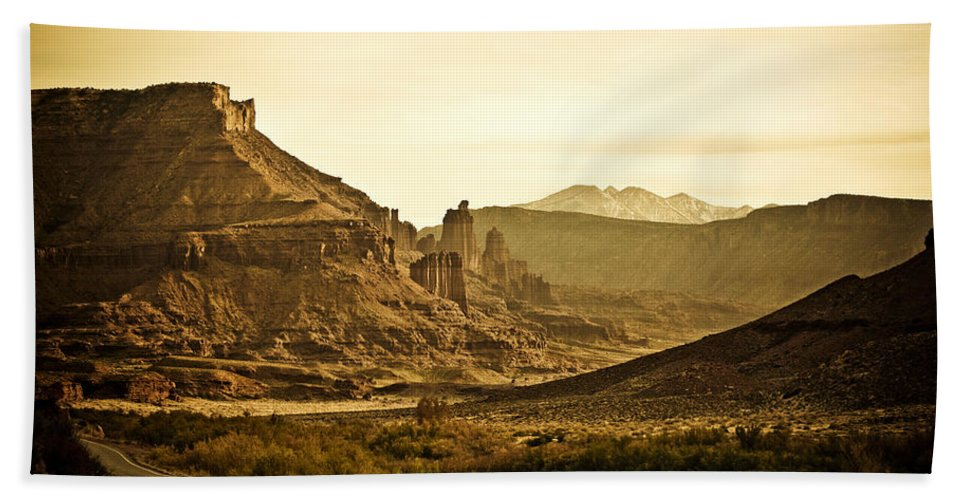 Americana Hand Towel featuring the photograph Evening In The Canyon by Marilyn Hunt