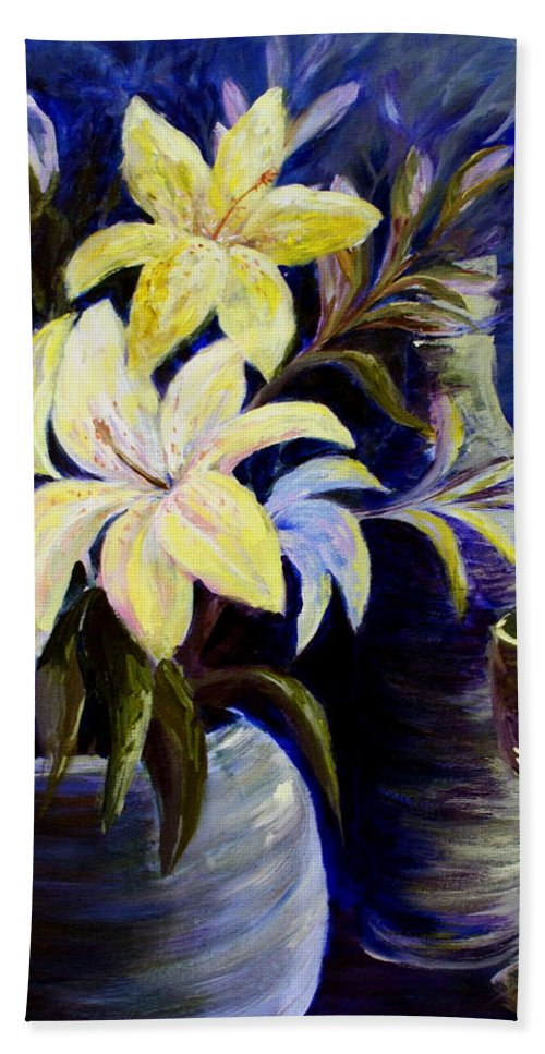 Lilies Hand Towel featuring the painting Evening Stars by Joanne Smoley