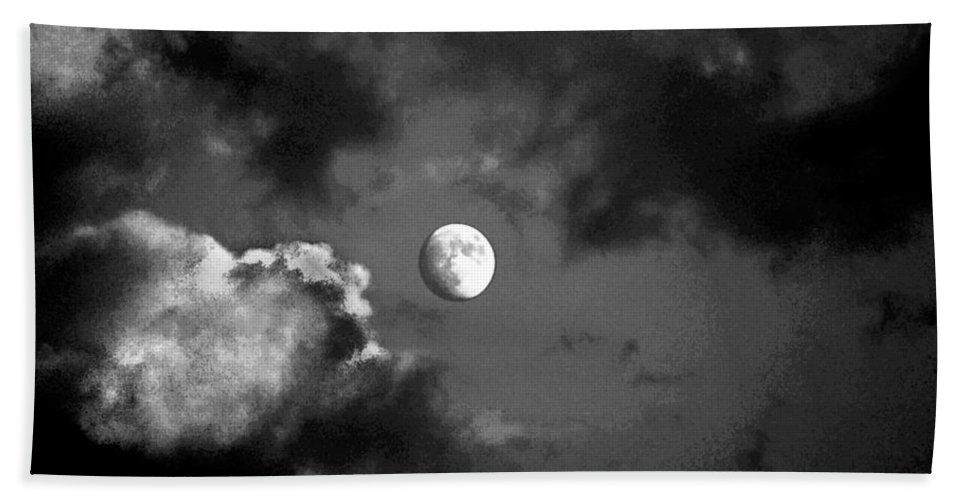 Sky Bath Towel featuring the photograph Eye In The Sky by Steve Karol