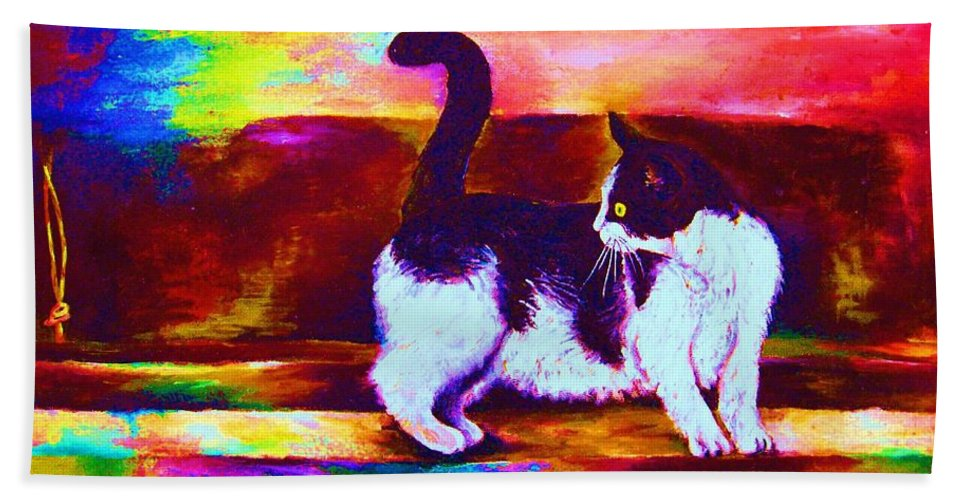 Cats Bath Towel featuring the painting Eye On The Prize by Carole Spandau