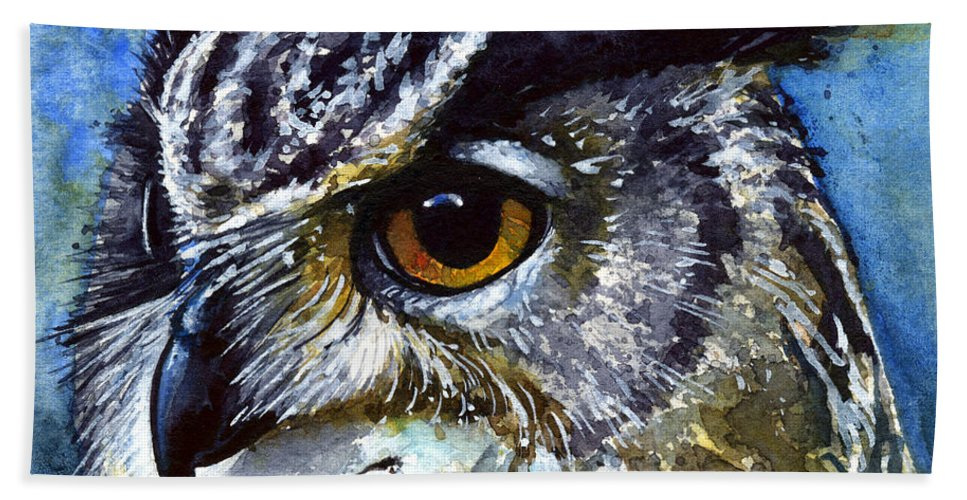 Owls Hand Towel featuring the painting Eyes Of Owls No.25 by John D Benson
