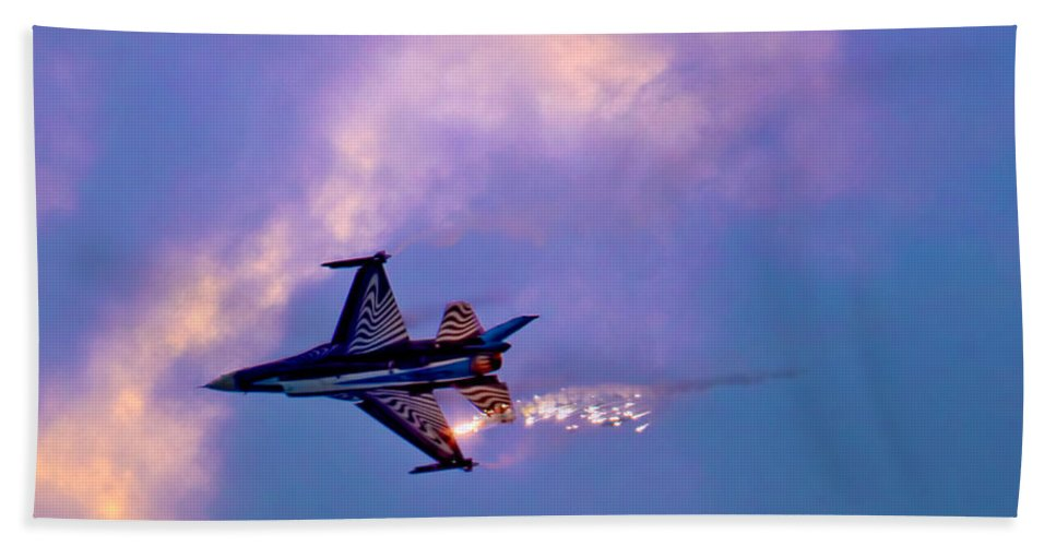 Aircraft Hand Towel featuring the photograph F-16 by Chris Lord