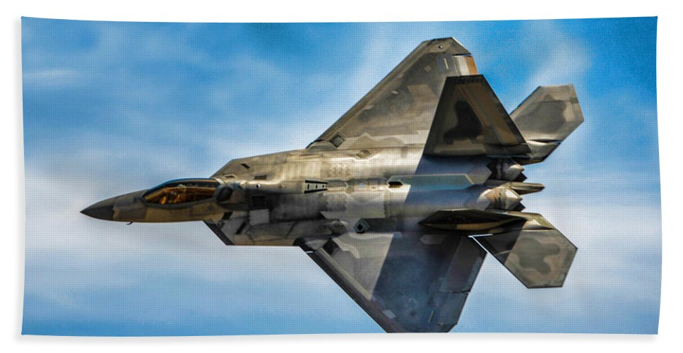 Lockheed Martin F-22 Raptor Bath Sheet featuring the photograph F-22 Raptor 4 by Tommy Anderson