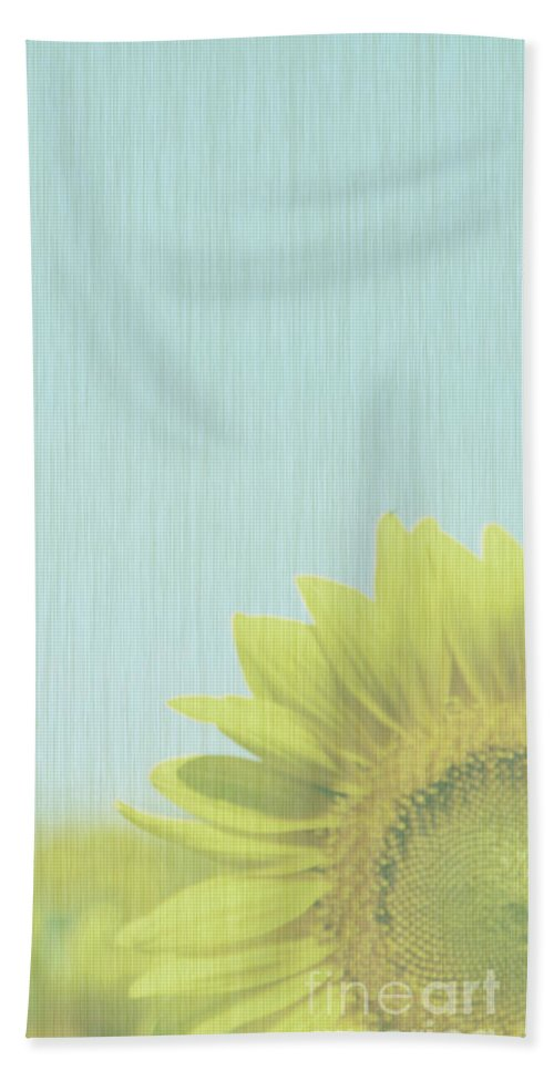 Sunflowers Bath Towel featuring the photograph Faded by Amanda Barcon