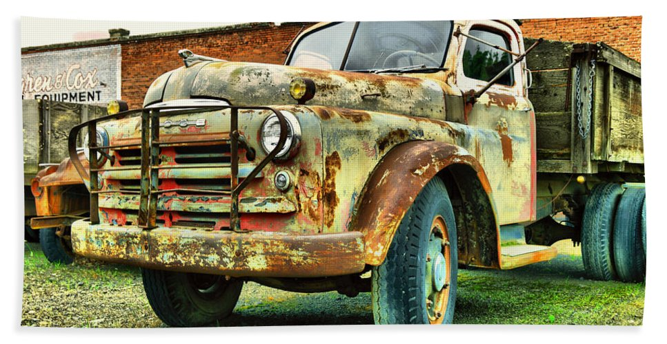 Truck Bath Sheet featuring the photograph Faded Relic by Jeff Swan