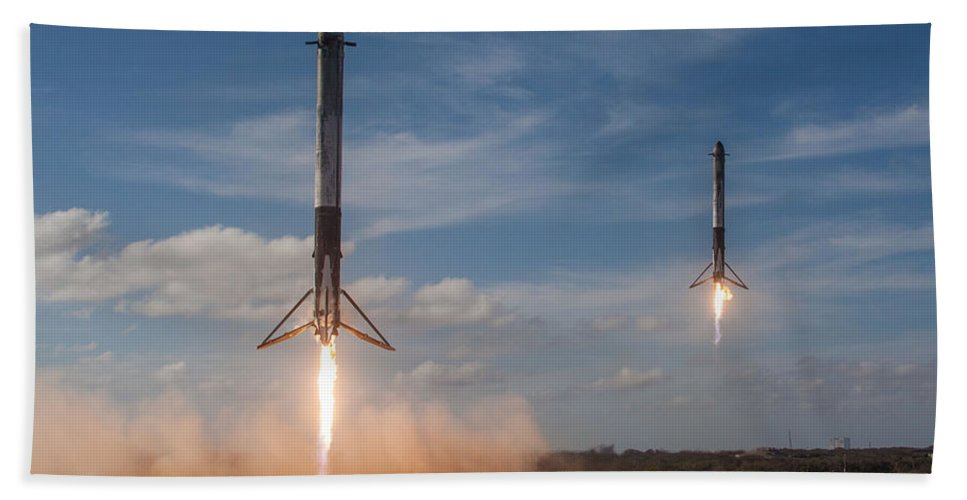 Dont Panic Bath Towel featuring the mixed media Falcon Heavy Double Sideboosters Landing by Filip Hellman