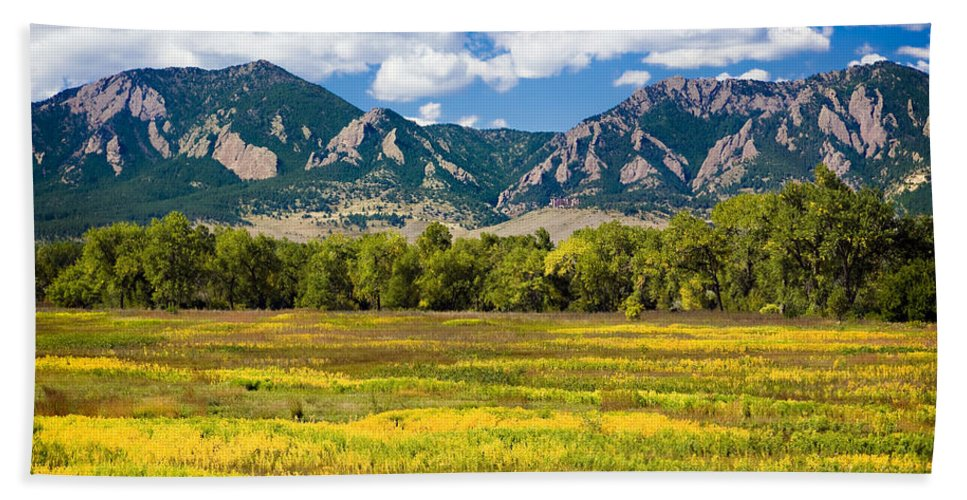 Americana Hand Towel featuring the photograph Fall Colors of Boulder Colorado by Marilyn Hunt