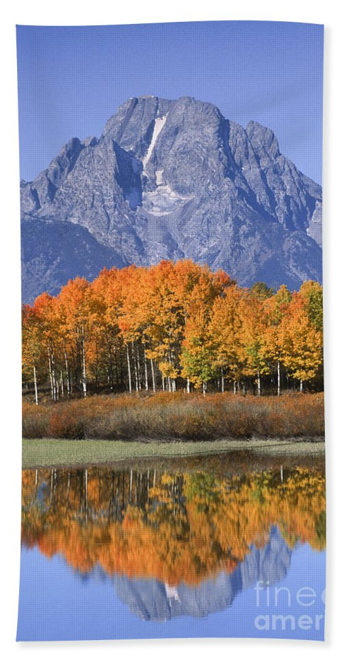 Grand Tetons Hand Towel featuring the photograph Fall Reflection At Oxbow Bend by Sandra Bronstein
