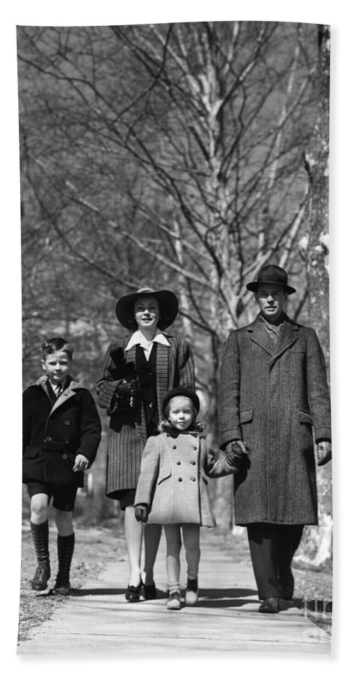 1930s Bath Sheet featuring the photograph Family Out Walking On A Wintry Day by H. Armstrong Roberts/ClassicStock