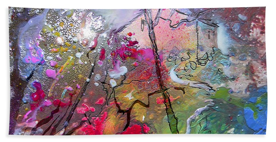 Miki Bath Towel featuring the painting Fantaspray 19 1 by Miki De Goodaboom