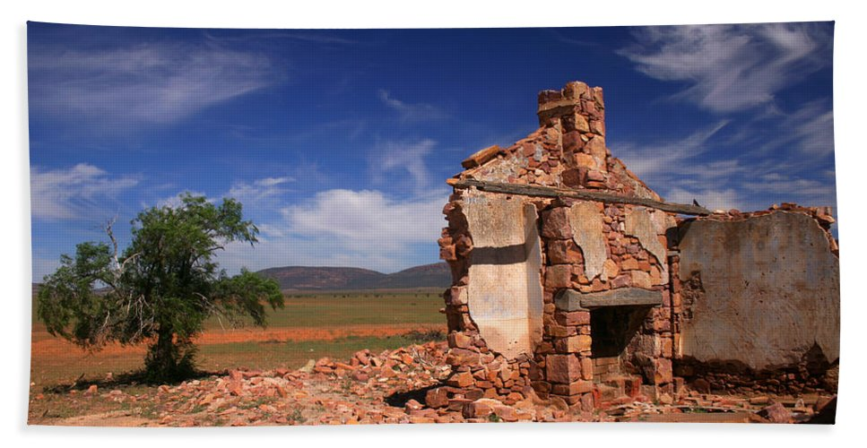 Cottage Bath Towel featuring the photograph Farmhouse Cottage Ruin Flinders Ranges South Australia by Ralph A Ledergerber-Photography