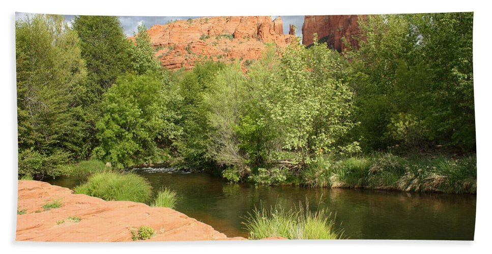 Cathedral Rock Hand Towel featuring the photograph Feng Shui In Sedona by Carol Groenen