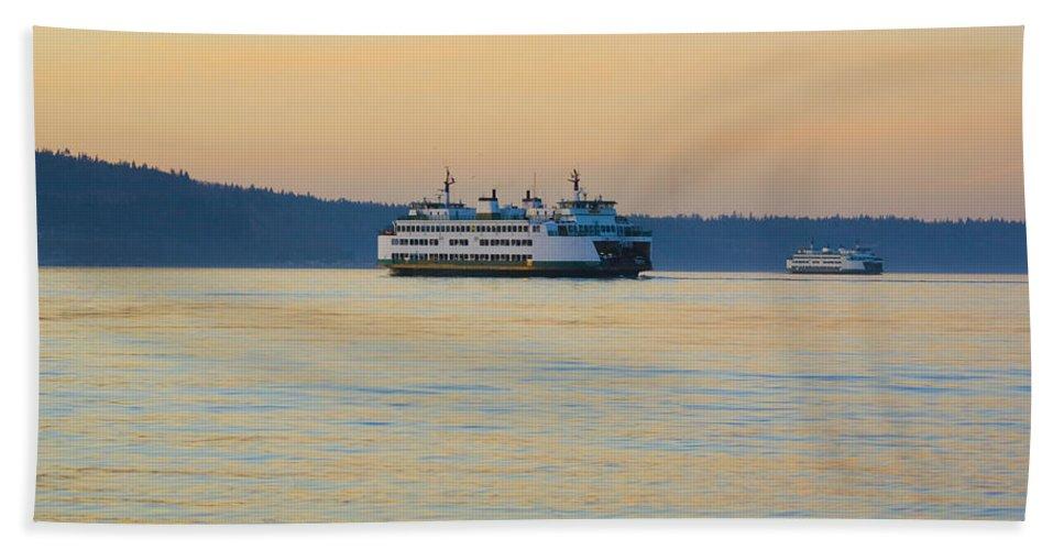 Landscape Bath Sheet featuring the photograph Ferries At Sunset by Karen Ulvestad