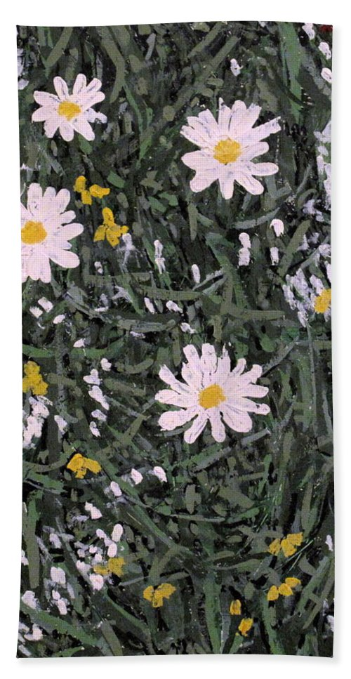 Daisies Bath Towel featuring the painting Field Daisies by Ian MacDonald