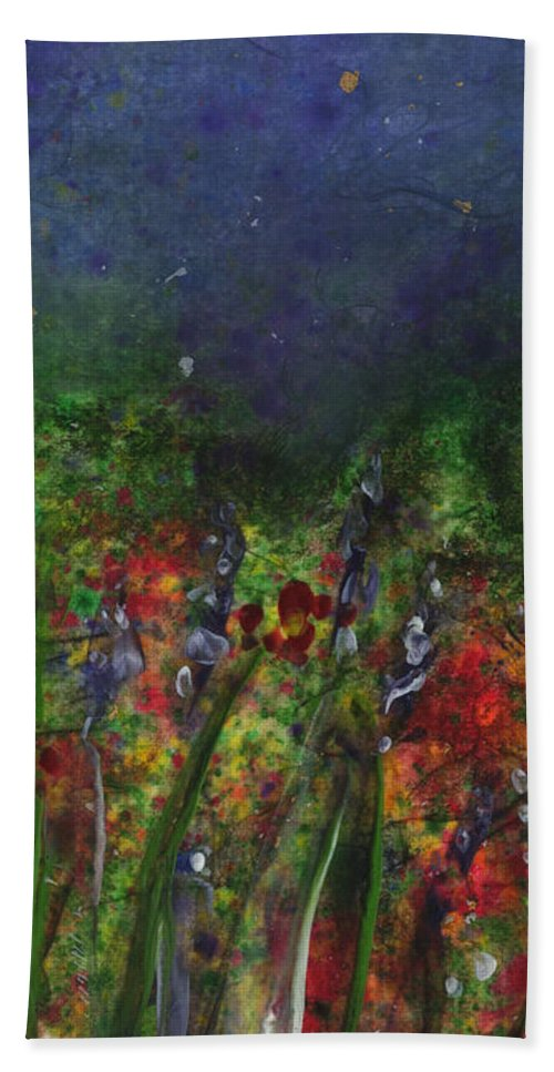 Flowers Bath Towel featuring the painting Field Of Flowers by Lynn Quinn