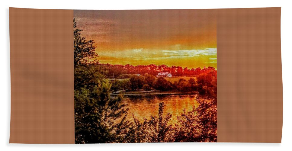 Sunsets Hand Towel featuring the photograph Fire Lake by Paul Kercher