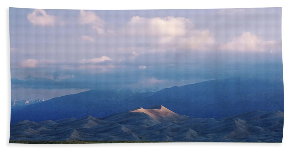 Colorado Hand Towel featuring the photograph First Light by Jim Benest