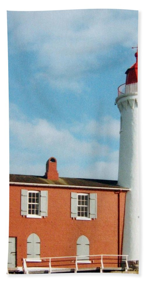 Fisgard Lighthouse Hand Towel featuring the photograph Fisgard Lighthouse by Will Borden