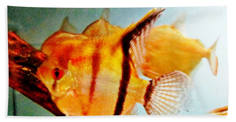 Gold Hand Towel featuring the pastel Fish Tank by Don Baker