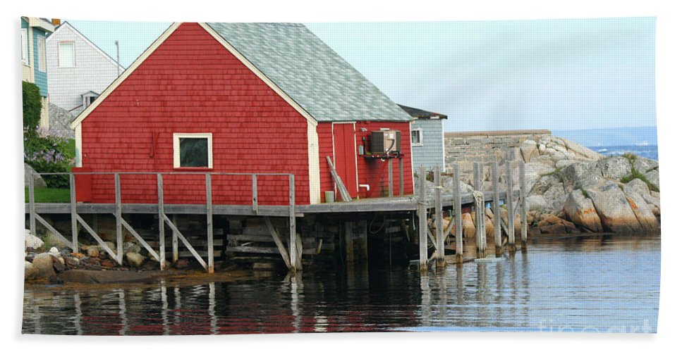 Peggy's Cove Bath Towel featuring the photograph Fishermans House On Peggys Cove by Thomas Marchessault