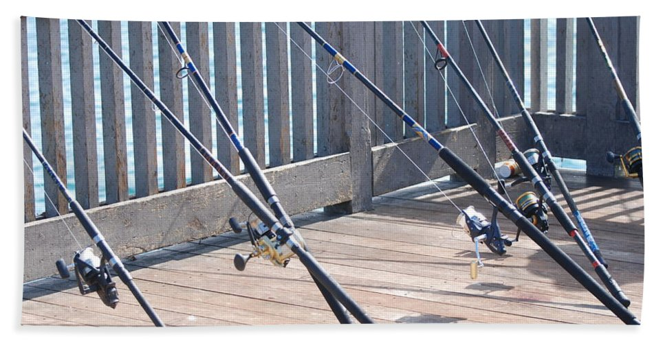 Pier Bath Towel featuring the photograph Fishing Rods by Rob Hans