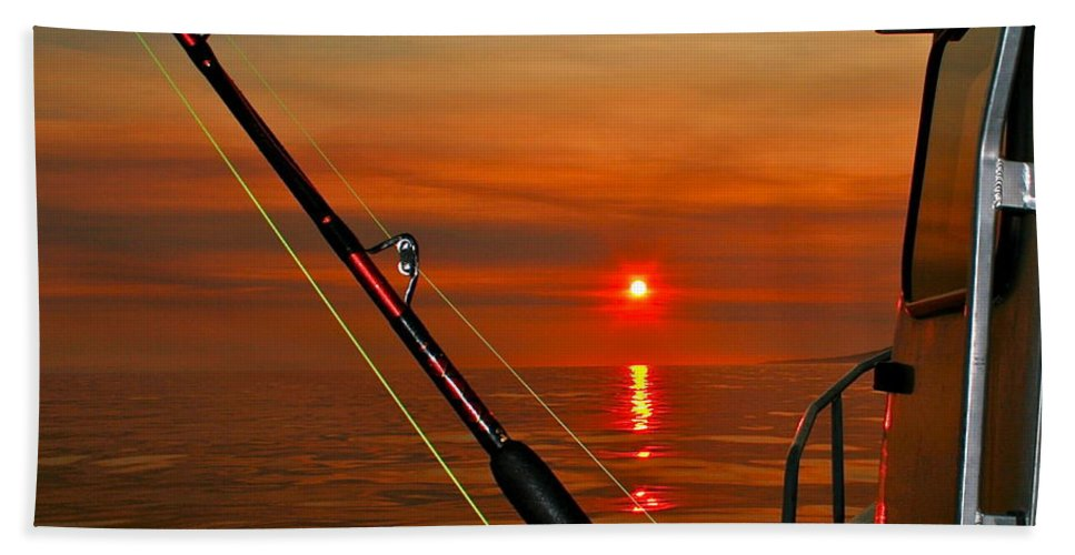 Sunset Bath Towel featuring the photograph Fishing The Midnight Sun by Rick Monyahan
